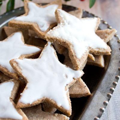 Keto Zimtsterne – German Cinnamon Star Cookies